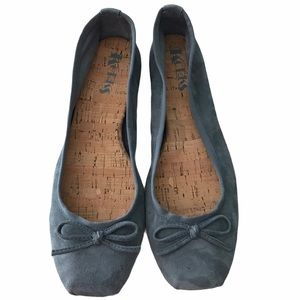 Korks Classic Detailed Ballet Flat in Gray Suede-8